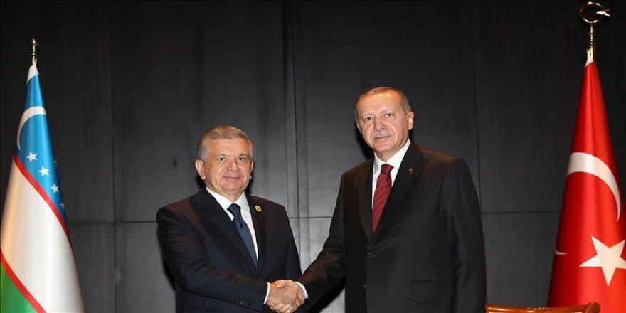 Erdoğan ile Mirziyoyev bir araya geldi