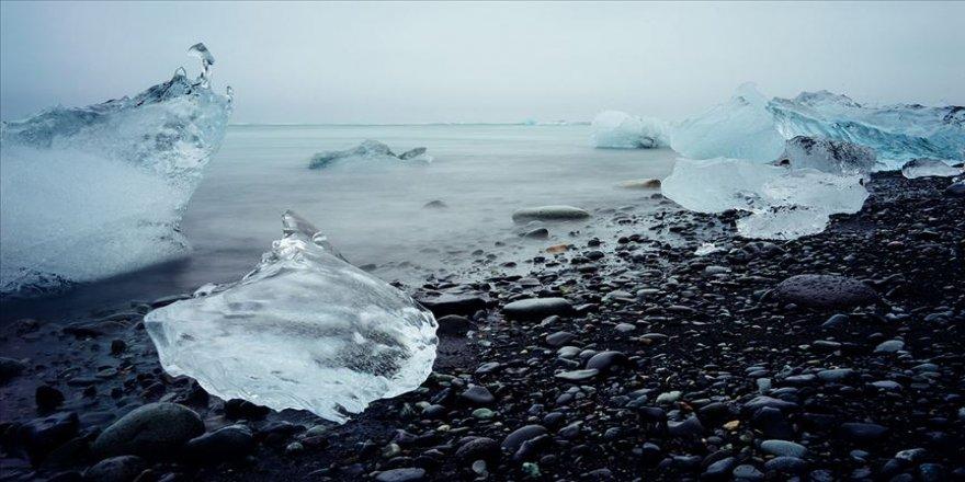 İsviçre'deki buzul hacmi 5 yılda yüzde 10 azaldı