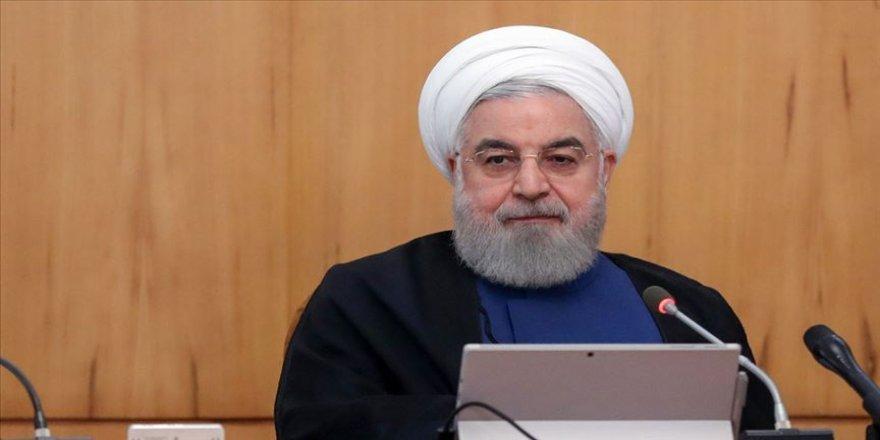 Ruhani'den 'ABD'nin adımları ekonomik terörizmdir' açıklaması