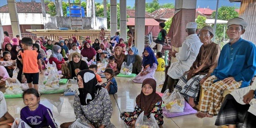 Kamboçya'daki sel felaketi için yardım kampanyası