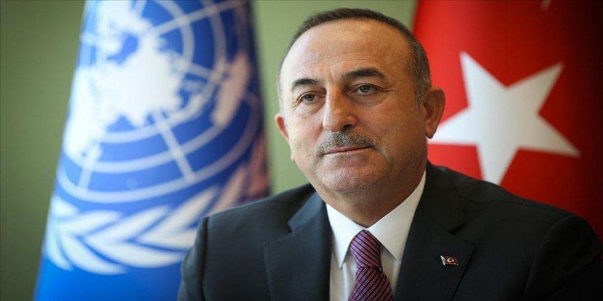 Çavuşoğlu İranlı mevkidaşı Zarif ile telefonda görüştü