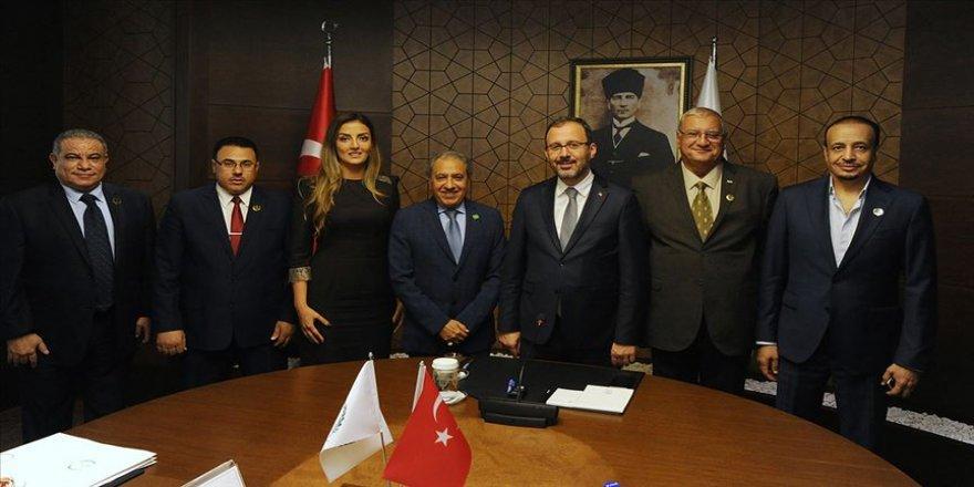Bakan Kasapoğlu ISSF heyetiyle buluştu