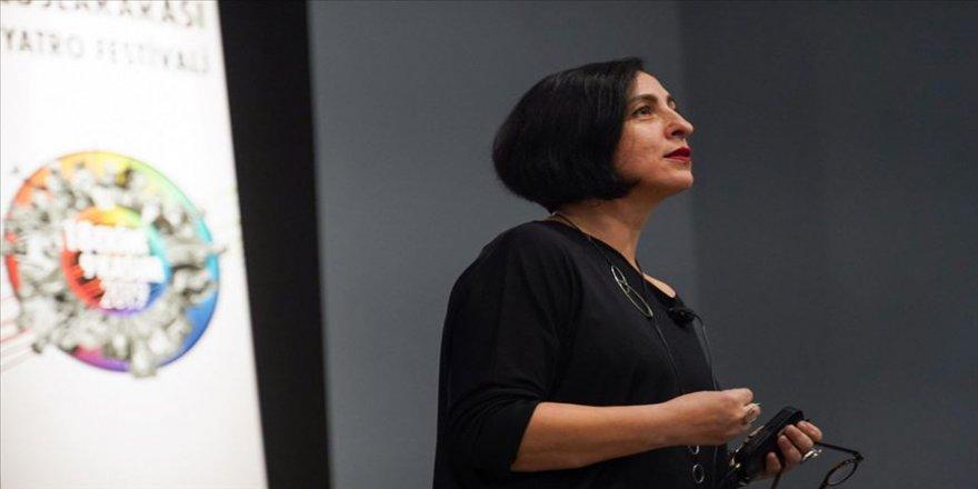 Uluslararası Tiyatro Festivalinde 'Çağdaş Sahnenin Seyri' söyleşisi yapıldı