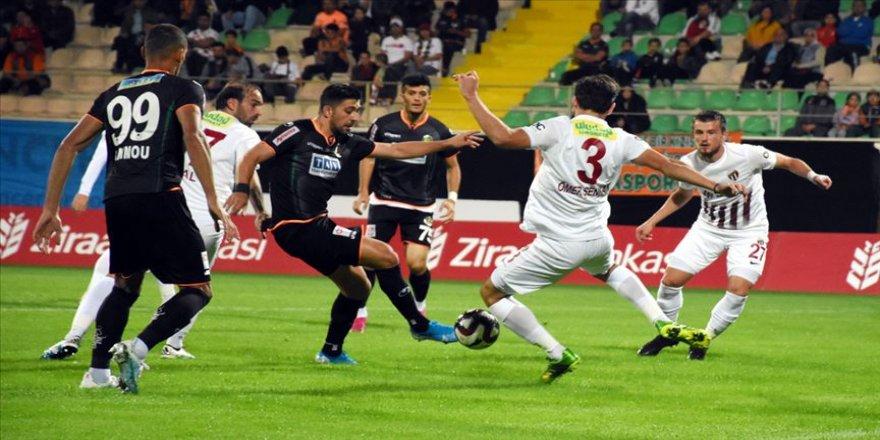 Alanyaspor kupada İnegölspor'u 3 golle geçti