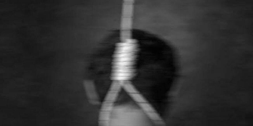 Kocaeli'de yine intihar ! Ağaçta asılı bulundu