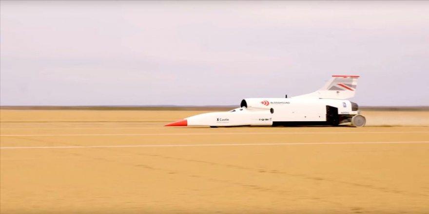 Süpersonik araç Bloodhound Güney Afrika'da hız rekoru kırdı