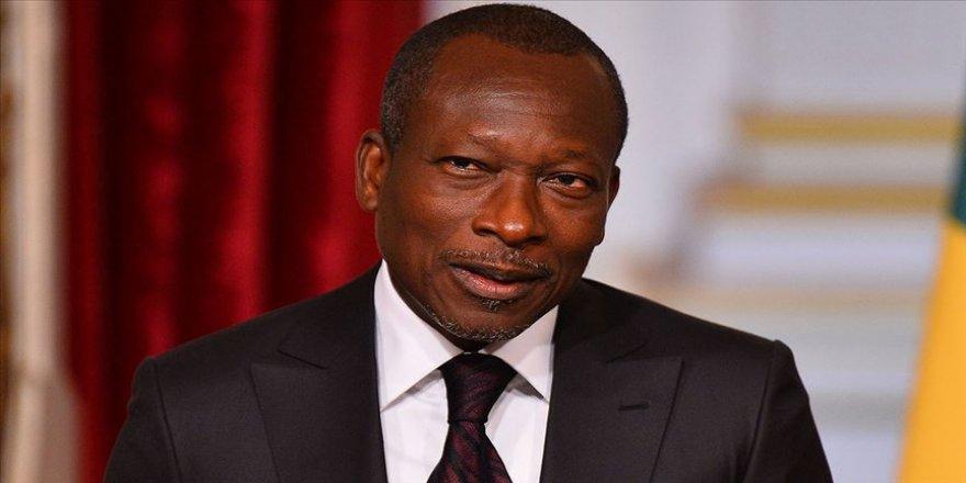 Afrika'da Fransız frangı kullanan ülkeler Fransa'daki paralarını geri çekecek