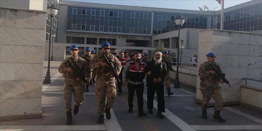 DEAŞ'ın eğitim kampları sorumlusu ve sözde 'zekat emiri' tutuklandı