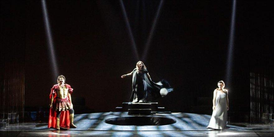 Türk sanatçılar İtalyan operasına damgasını vurdu