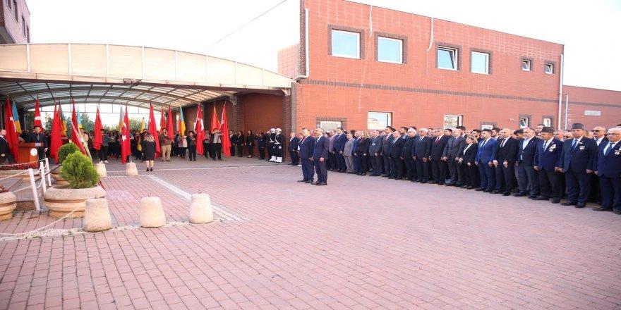 Çayırova'da Atatürk saygı ve özlemle anıldı