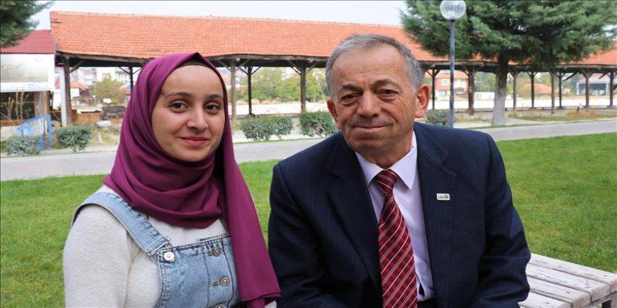 Baba ve kızın 'iyilik' yolculuğu