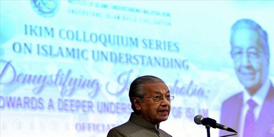 Malezya Başbakanı Mahathir: Filistinlilerin hakları desteklenirse terör eylemleri azalır