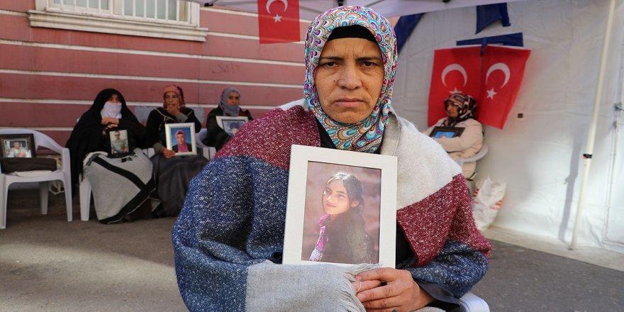 Diyarbakır annelerinden Biçer: Yüreği yanık bütün anneleri buraya davet ediyoruz