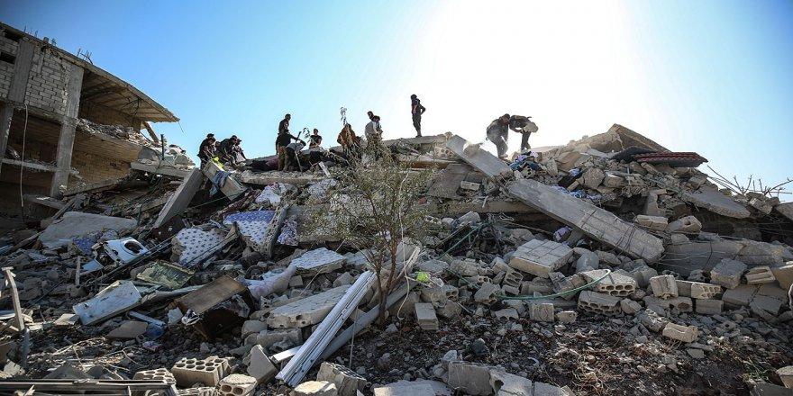 Rusya'nın İdlib'e hava saldırısında 2 sivil yaşamını yitirdi