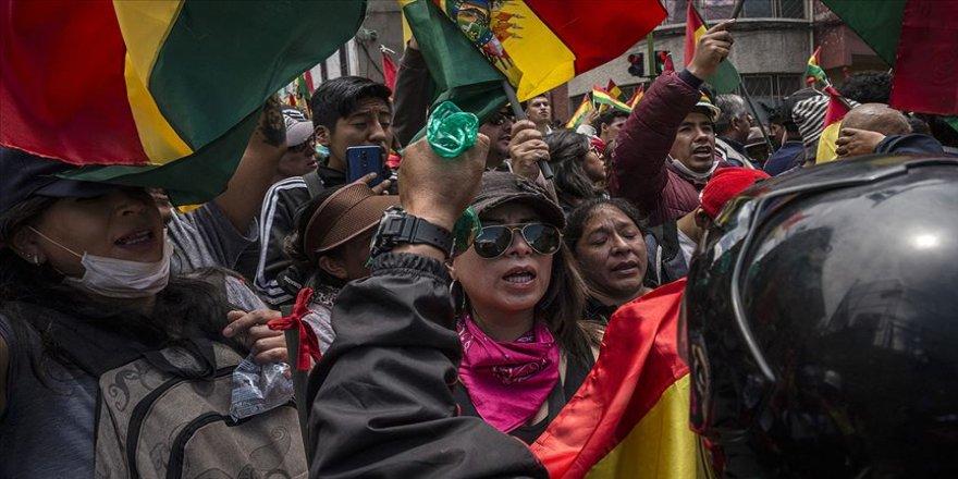Bolivya'da şiddet hız kesmiyor