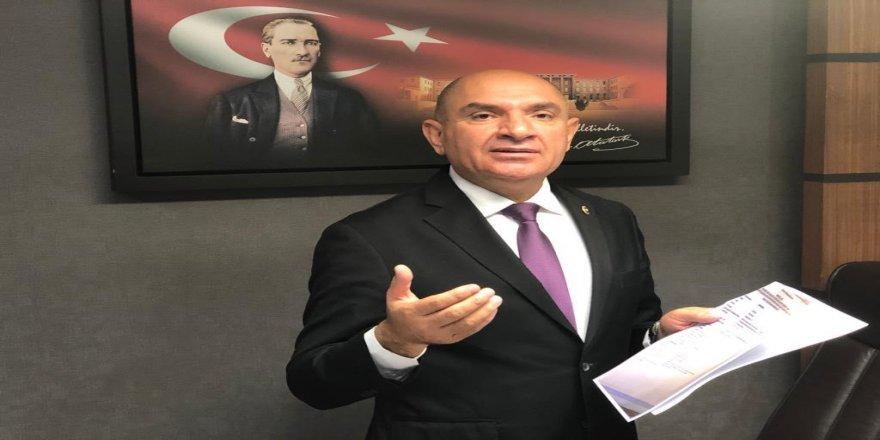 Tarhan,Kocaeli Büyükşehir Belediyesinin aşırı harcamaları ile ilgili açıklamalarda bulundu