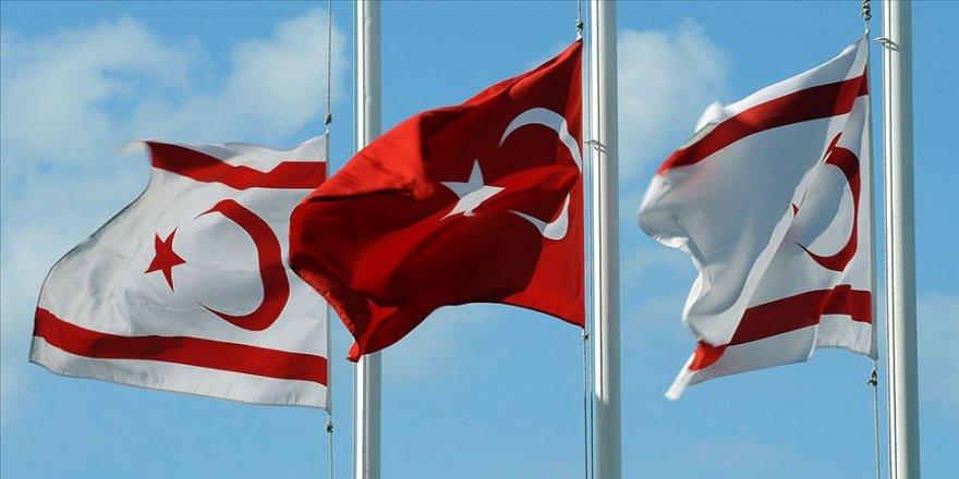 Türkiye 36 yıl önceki kuruluş sürecinde KKTC'ye güç verdi