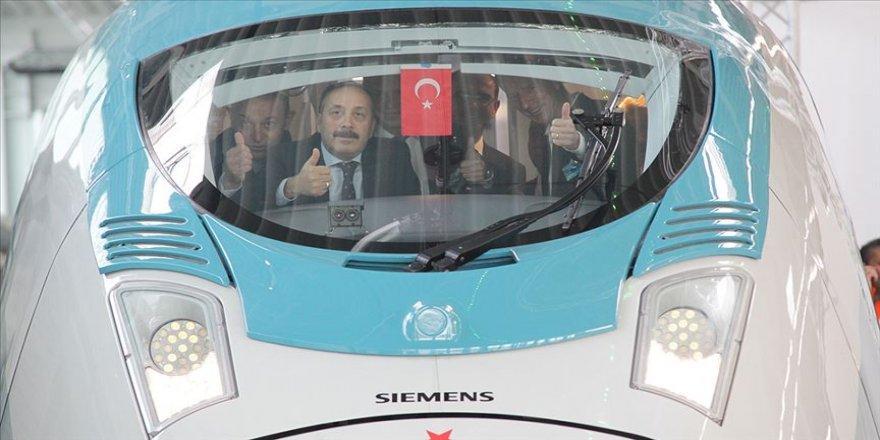 Siemens'in ürettiği yüksek hızlı tren setlerinin ilki teslim alındı