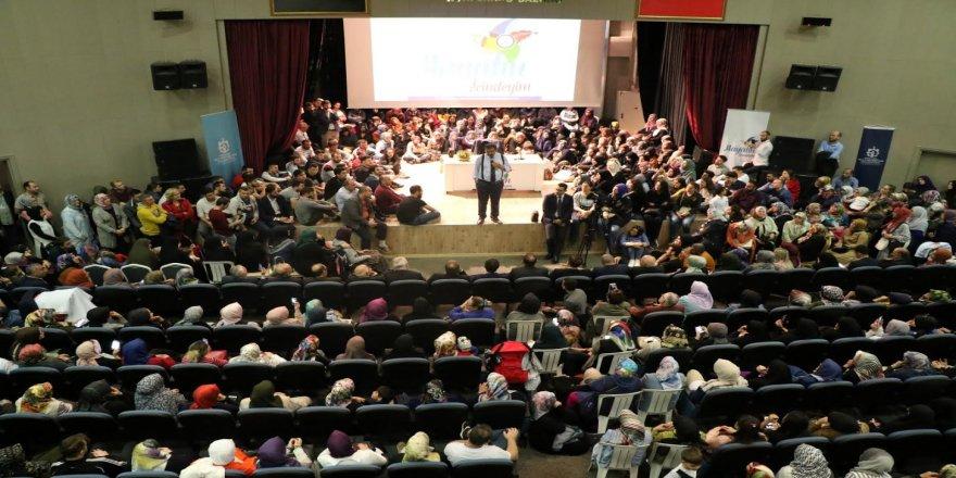 Hayati İnanç'ın seminerine yoğun ilgi