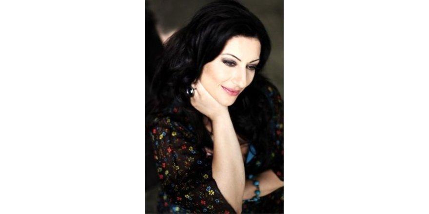 İki kez kanseri yenen şarkıcıdan üzen haber !
