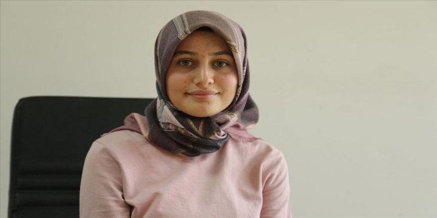 Karaciğer hastası üniversiteli genç kızın yüzü dördüncü organ bağışıyla güldü