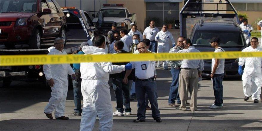Meksika'da bir çiftlikte 25 ceset bulundu