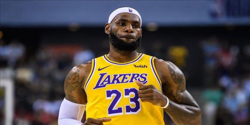 LeBron James'in rekor kırdığı maçta Lakers, Thunder'ı yendi