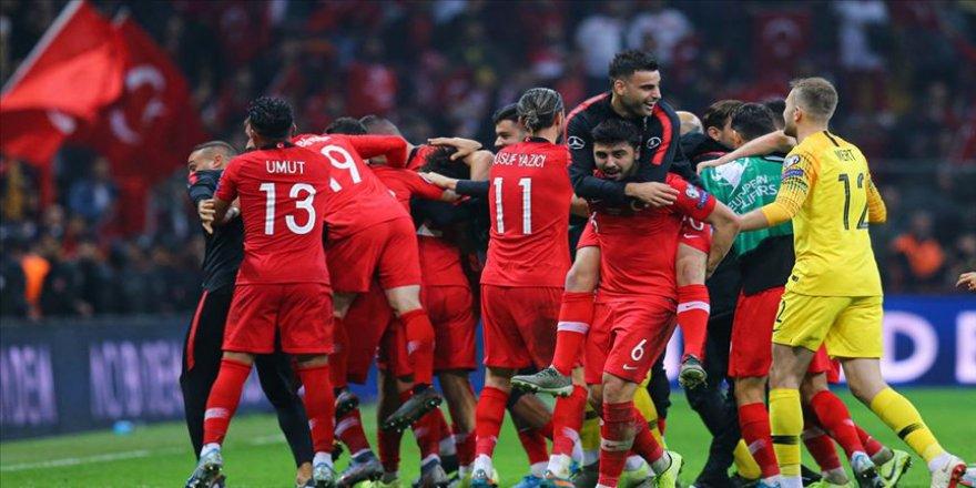 Milli Takım'da en fazla süreyi Medipol Başakşehirli oyuncular aldı