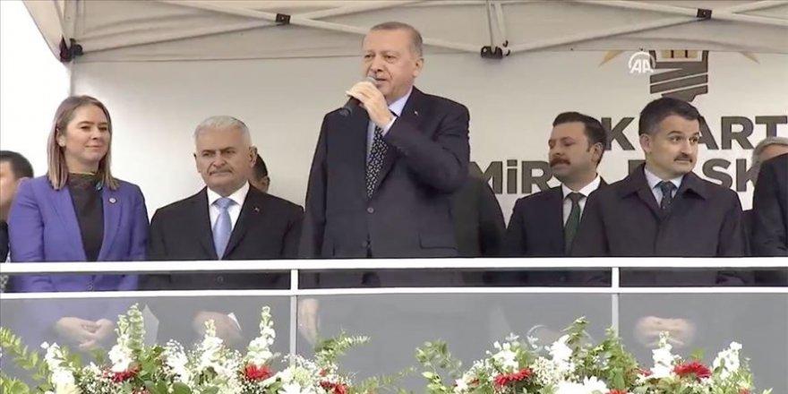 Erdoğan: Bizim anlayışımızda seçmene küsme vatandaşı suçlama gibi bir durum söz konusu olamaz