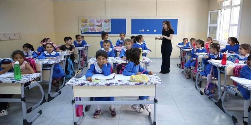Suriye sınırının fedakar öğretmenlerinden eğitim nöbeti