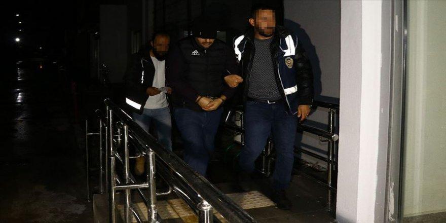 Adana'da FETÖ şüphelilerine şafak operasyonu