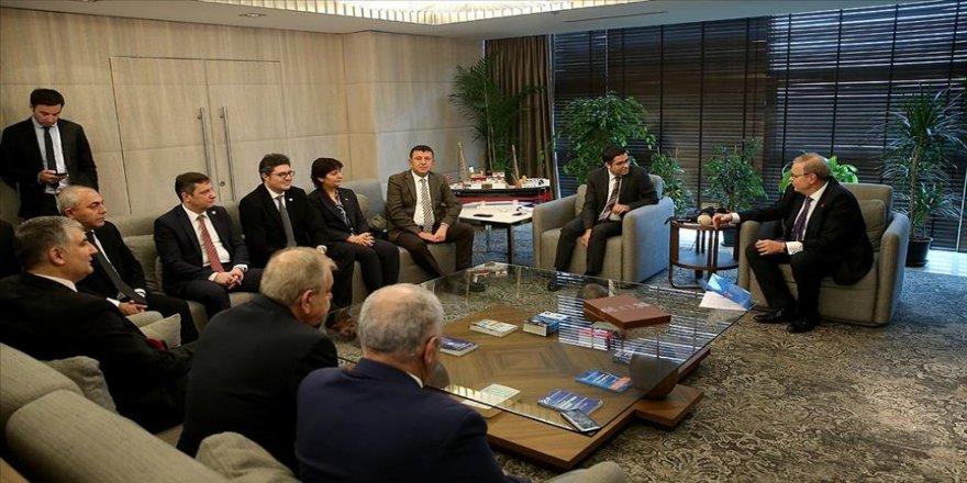 Öztrak: İnce'nin CHP'ye gelmesi olağan