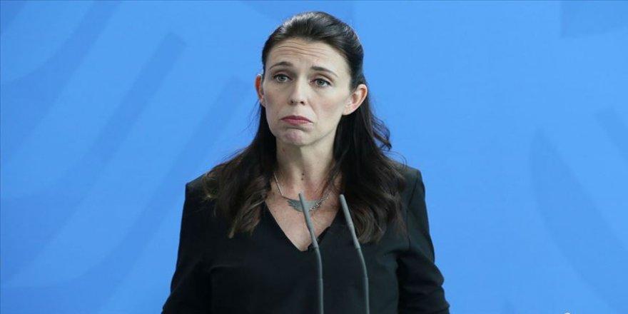 Yeni Zelanda Başbakanı 40 yıl önceki uçak kazası için özür diledi