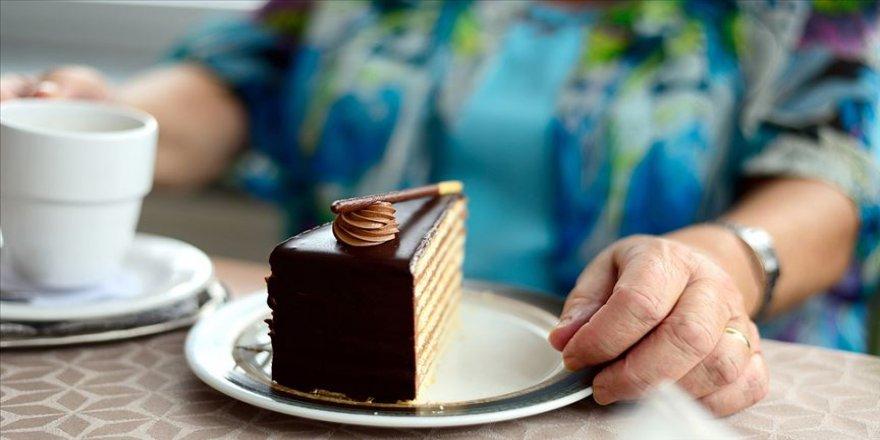 Bilim dünyası 'tatlı yiyelim tatlı konuşalım' sözünü doğruladı