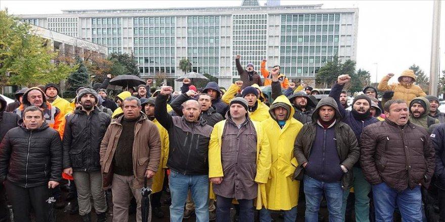 İBB'de işten çıkarılan işçilerin eylemi 100. gününde