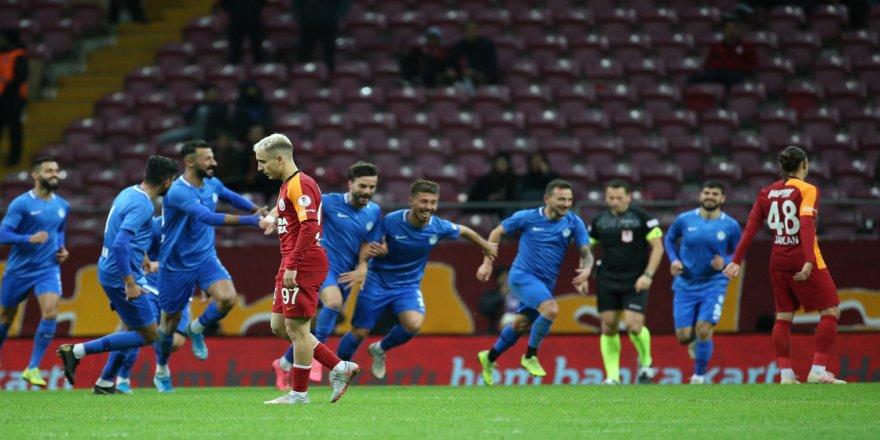Galatasaray sahasında 2. lig takımı Tuzlaspor'a yenildi