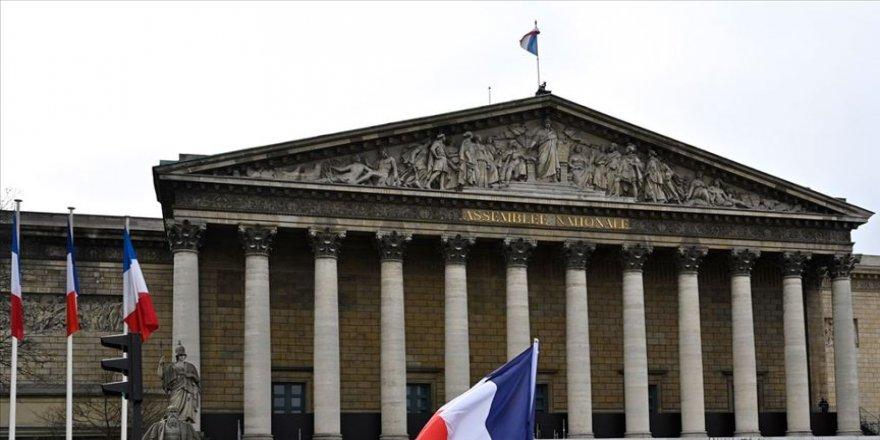Fransa'da siyonizmi destekleyen karar tartışma yarattı