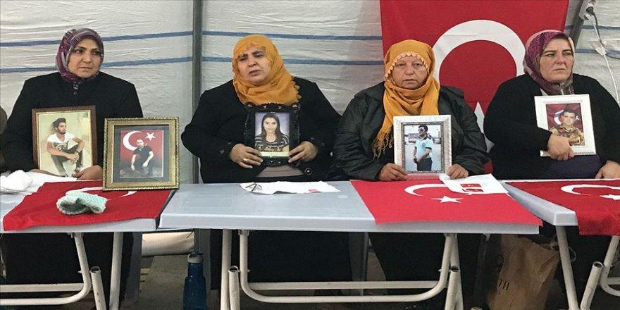 Diyarbakır annelerinden Çiftçi: Polis olması için okuttuğum kızımı PKK kaçırdı
