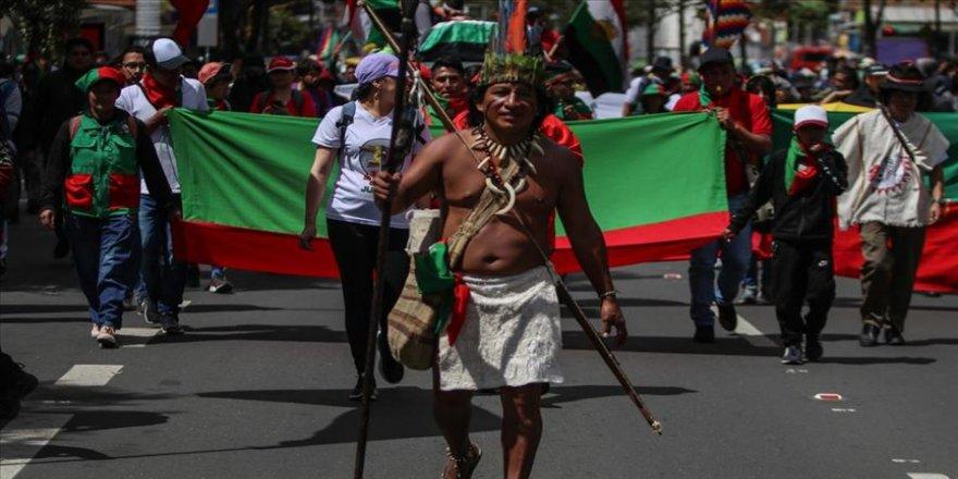 Kolombiyalı yerlilerden, hükümete 'başkente yürürüz' tehdidi