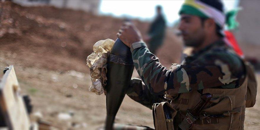 Fransız askerlerinden Suriye'de YPG/PKK'lı teröristlere topçu atışı eğitimi