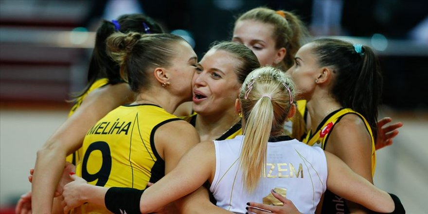 VakıfBank Kadın Voleybol Takımı bronz madalya kazandı