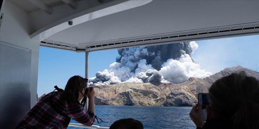 Yeni Zelanda'da Whakaari Yanardağı patladı: 1 ölü