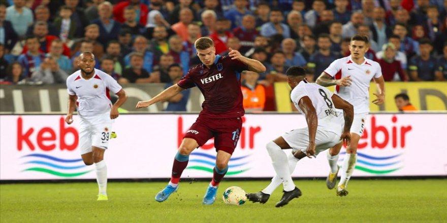 Trabzonspor, golcüsü Sörloth ile zirve yarışında iddalı