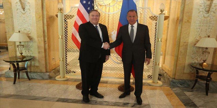 ABD'de bir araya gelen Pompeo ve Lavrov'dan kapsamlı görüşme