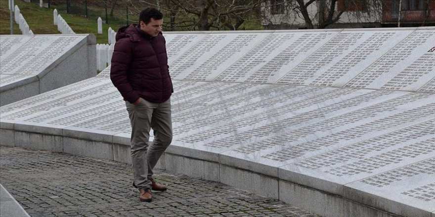 Bosnalılar 'soykırım inkarcısı' yazara Nobel verilmesine tepkili