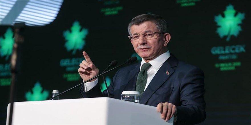 Ahmet Davutoğlu 'Gelecek Partisi'nin tanıtımını yaptı