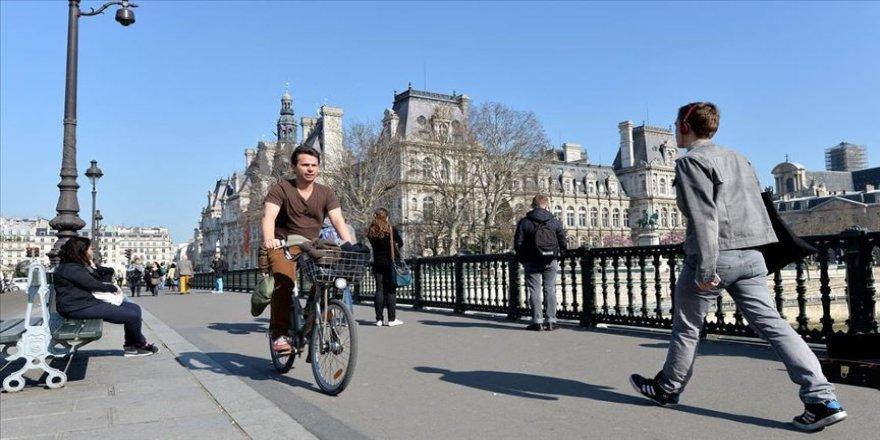Fransa'yı tercih eden Türk öğrenci sayısı 7 bin 500'ü aştı