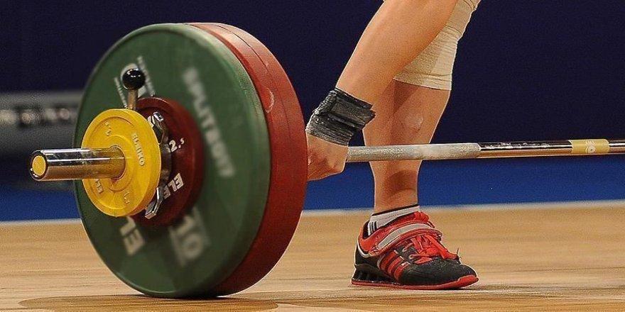 Türkiye'den Yıldızlar ve 15 Yaş Altı Avrupa Halter Şampiyonası'nda rekor sayıda madalya