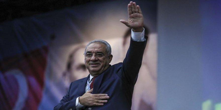 Önder Aksakal DSP Genel Başkanlığına yeniden seçildi