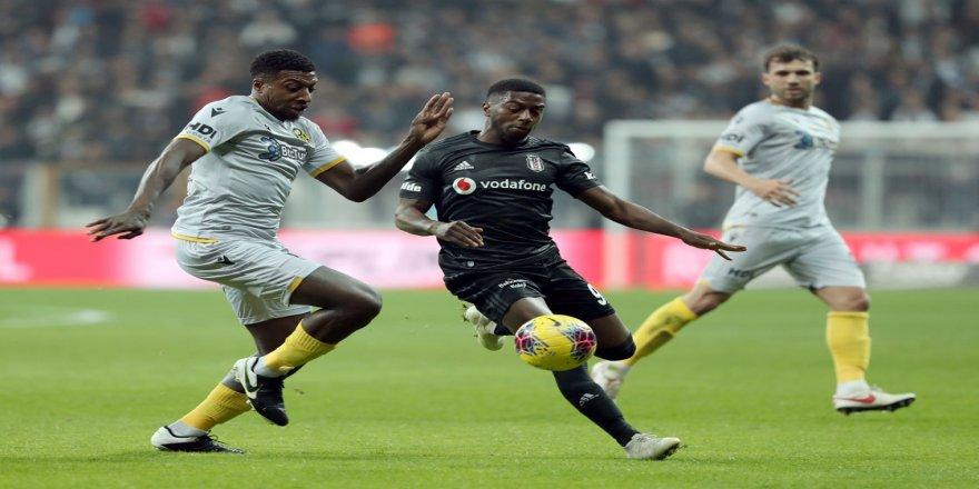Beşiktaş zirve yarışında yara aldı